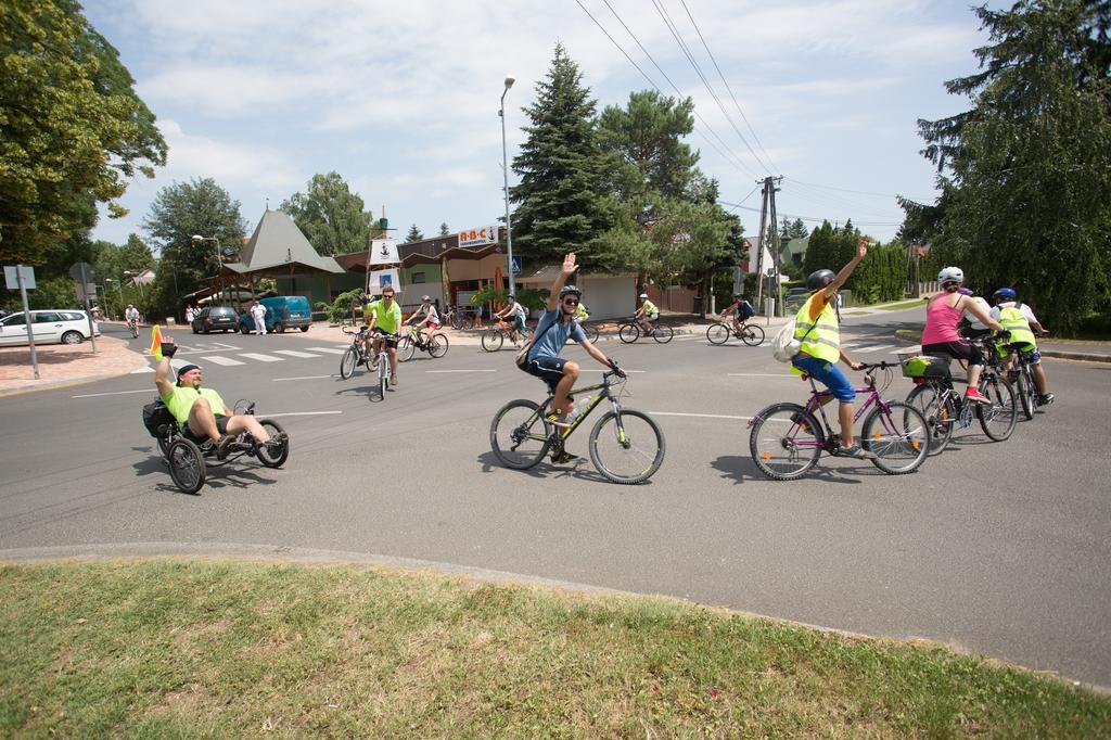 Biciklisek2.jpg